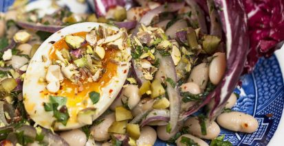 Piyaz, boiled egg & Pistachios
