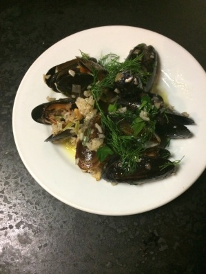 Istanbul Midye Salma - Mussels with aromatic rice
